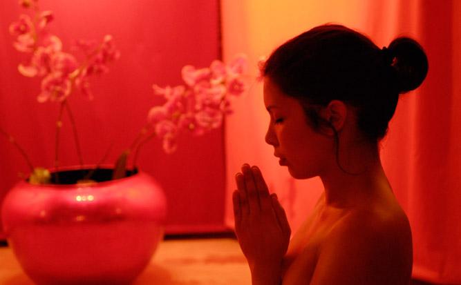Massagelounge Hamburg - Tantramassage für Frauen